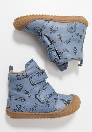 BUBBLE - Baby shoes - hellblau
