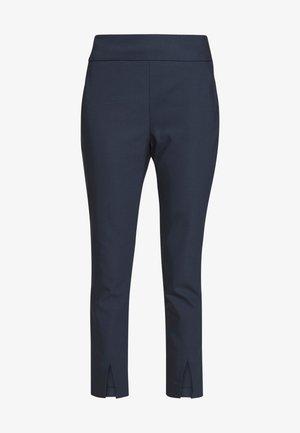 EAVENUE - Spodnie materiałowe - bleu marine
