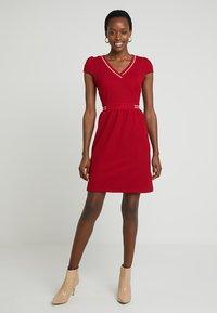 NAF NAF - LABORDY - Sukienka letnia - rouge farmer - 1