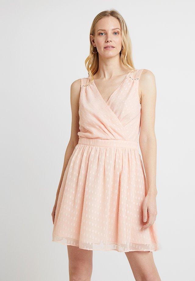 LEASON - Koktejlové šaty/ šaty na párty - cheek pink