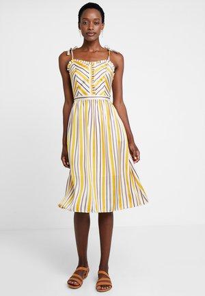 LIPA - Sukienka koszulowa - yellow