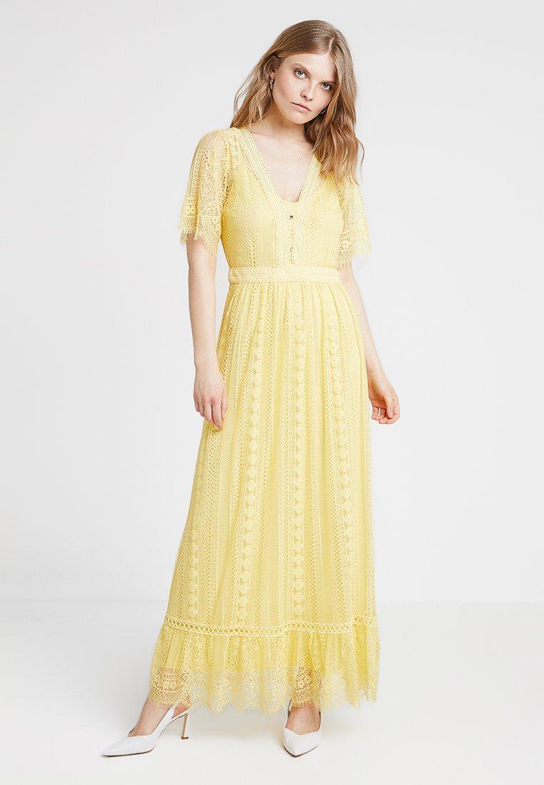 NAF NAF - YELLA - Vestito lungo - soft yellow