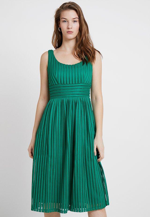 ENORE - Koktejlové šaty/ šaty na párty - vert bresil