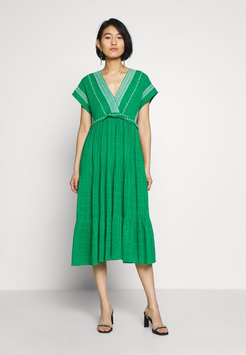 NAF NAF - LASCAL - Robe d'été - vert rio