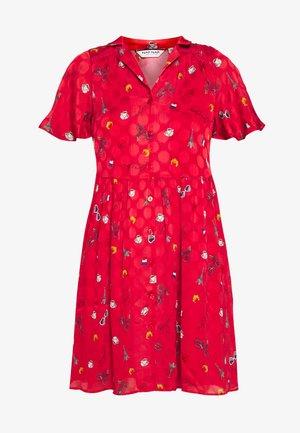 LAMOUROUGE - Shirt dress - lamour lipstick