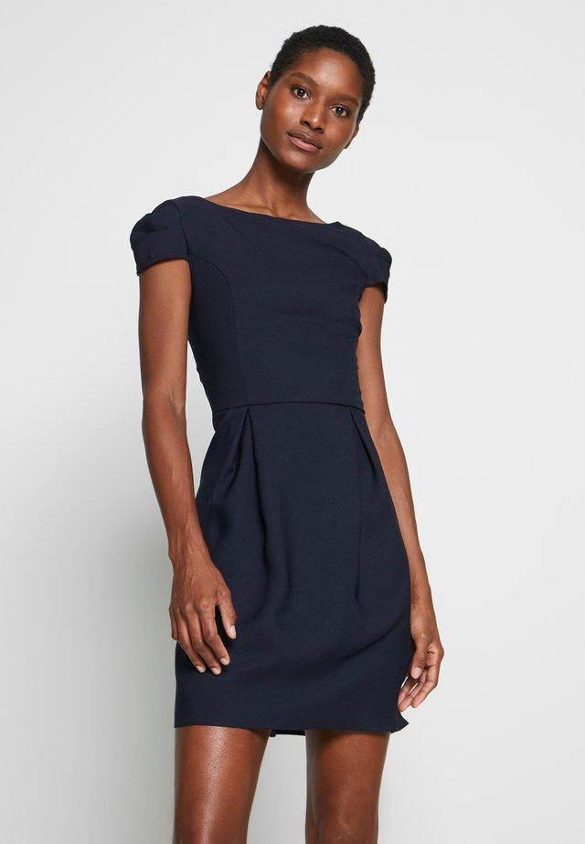 DOUBANO - Pouzdrové šaty - bleu marine