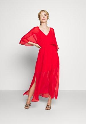 CAMILLE - Robe longue - lipstick