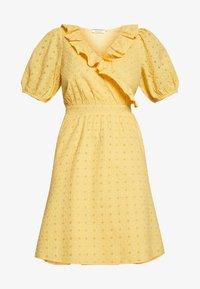 NAF NAF - KAREN - Korte jurk - jaune epis - 4