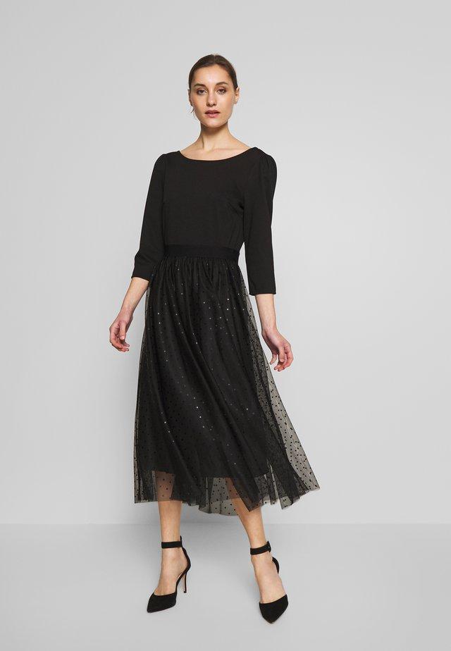 YUKI - Sukienka letnia - noir