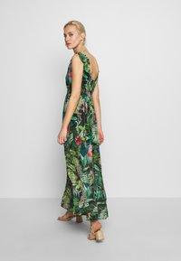 NAF NAF - JANE - Robe longue - green - 2