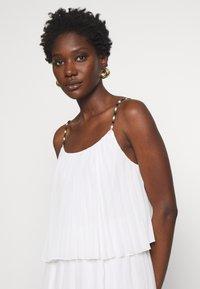 NAF NAF - CARIBA - Robe d'été - ecru - 4