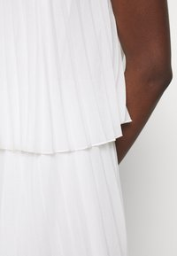 NAF NAF - CARIBA - Robe d'été - ecru - 6