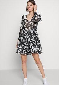 NAF NAF - Korte jurk - noir - 3