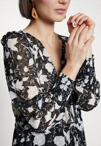 NAF NAF - Korte jurk - noir - 5