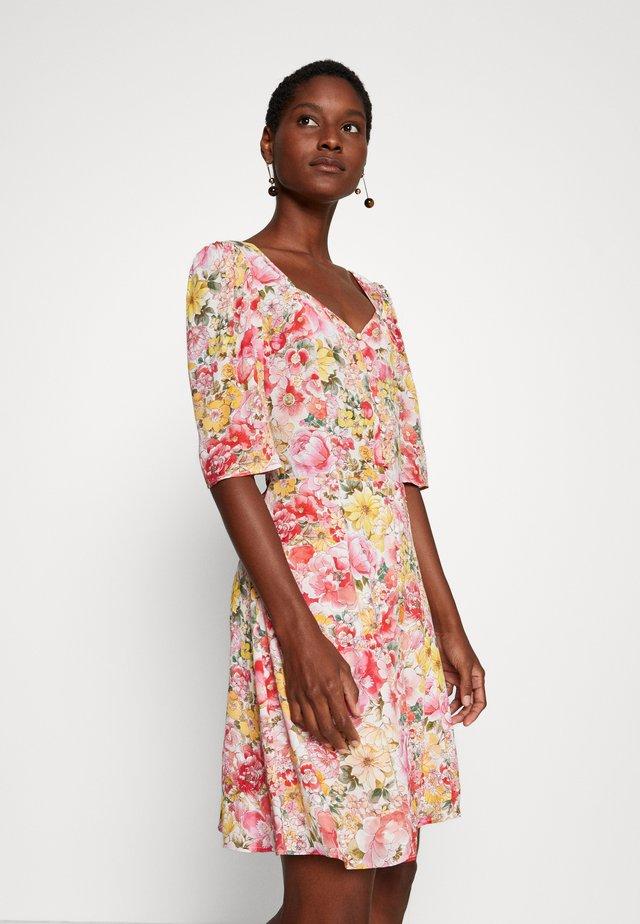 LEFALL - Robe chemise - rose