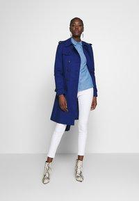 NAF NAF - CHAMBRE - Button-down blouse - light blue - 1