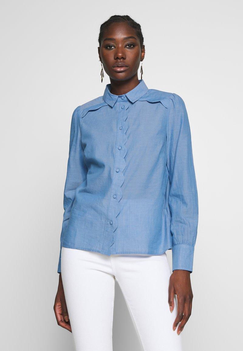 NAF NAF - CHAMBRE - Button-down blouse - light blue