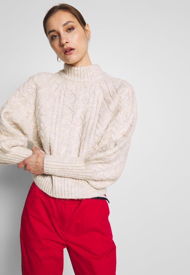 CESARML - Stickad tröja - white