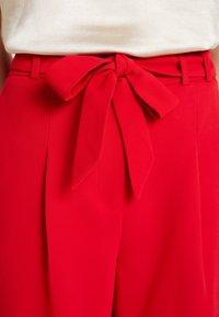 NAF NAF - FLORE - Shorts - lipstick - 3