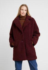 NAF NAF - BIPROTEST - Zimní kabát - prune - 0