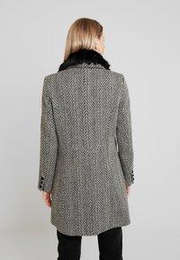NAF NAF - ALILI CHEVRON - Classic coat - fantaisie - 2