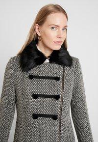 NAF NAF - ALILI CHEVRON - Classic coat - fantaisie - 3