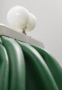 NAF NAF - Sac bandoulière - vert rio - 0