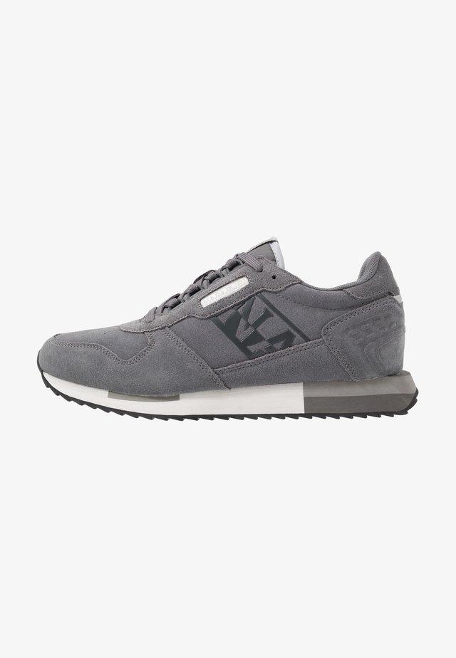Sneaker low - grey castelrock