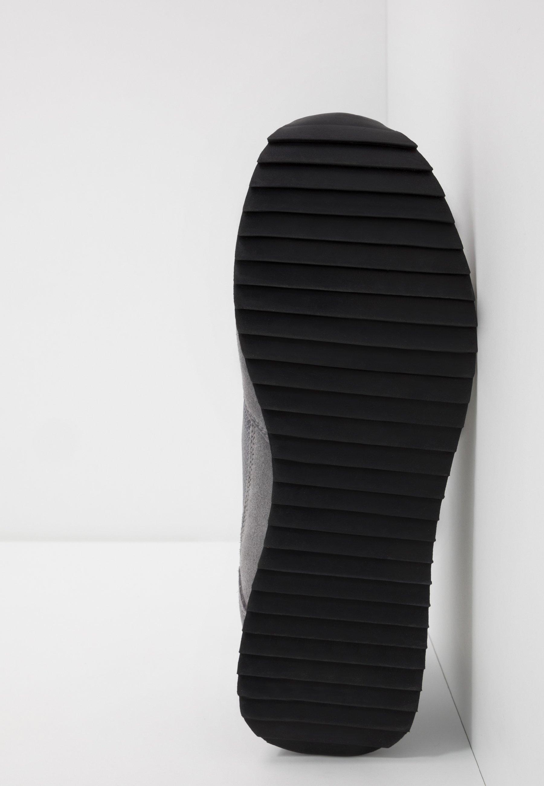 Napapijri Joggesko - Dark Grey Solid
