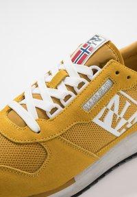 Napapijri - Baskets basses - freesia yellow - 5