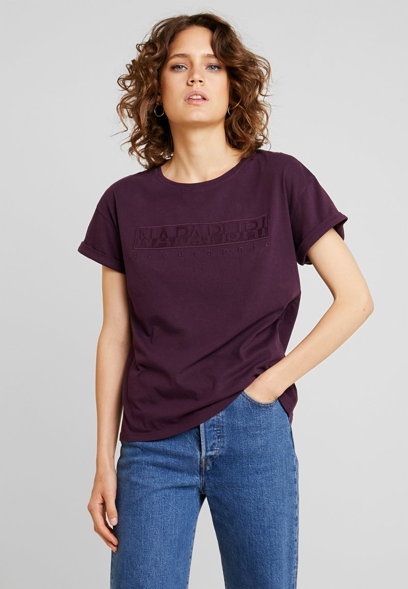Napapijri - SERBER WOM - Print T-shirt - purple wine
