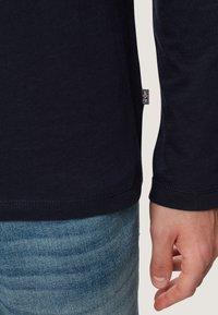 Napapijri - SCOTT - Maglietta a manica lunga - blue marine - 5