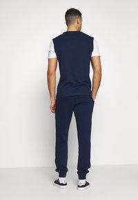Napapijri - MERT - Spodnie treningowe - medieval blue - 2