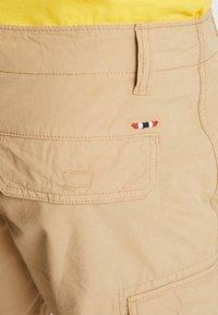 Napapijri - NOTO 2  - Shorts - mineral beige - 5
