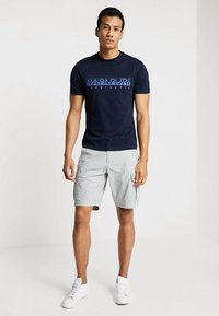 Napapijri - NOTO 2  - Shorts - light grey - 1