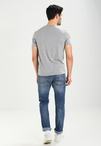 Napapijri - SENOS V - Camiseta básica - grey - 2