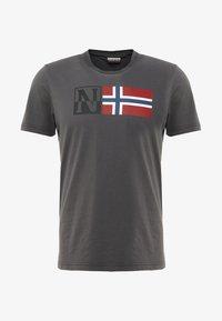 Napapijri - SAXY - T-shirt con stampa - volcano - 3