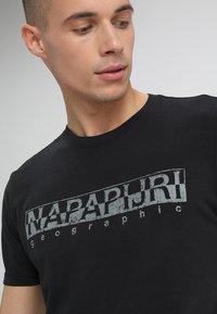 Napapijri - 3 PACK - T-shirt con stampa - black/white/navy - 7