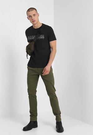 3 PACK - T-shirts print - black/white/navy