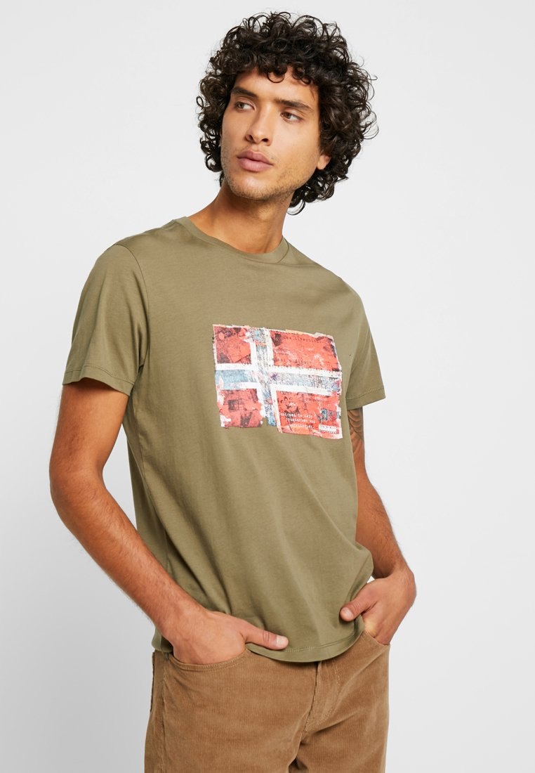 Napapijri - SEITEM  - Print T-shirt - new olive green