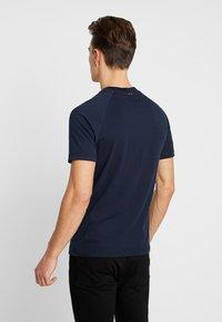 Napapijri - SOVES - T-shirt print - blu marine - 2