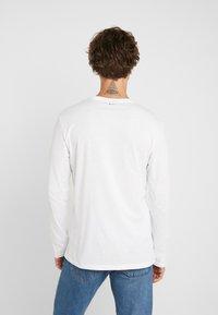 Napapijri - SGREEN LS  - Bluzka z długim rękawem - bright white - 2