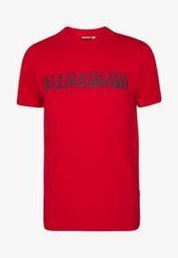 Napapijri - SOLANOS - Camiseta estampada - bright red - 3