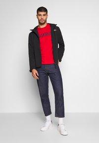 Napapijri - SOLANOS - Camiseta estampada - bright red - 1
