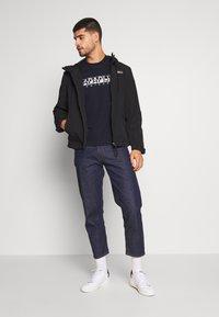 Napapijri - SOLANOS - Camiseta estampada - marine - 1