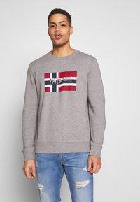 Napapijri - BOVICO CREW NECK - Sweater - mottled grey - 0