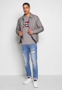 Napapijri - BOVICO CREW NECK - Sweater - mottled grey - 1