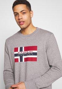 Napapijri - BOVICO CREW NECK - Sweater - mottled grey - 4