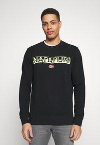 Napapijri - BARAS CREW NECK - Sweatshirt - black - 0