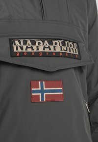 Napapijri - RAINFOREST POCKET  - Chaqueta de invierno - dark grey solid - 4